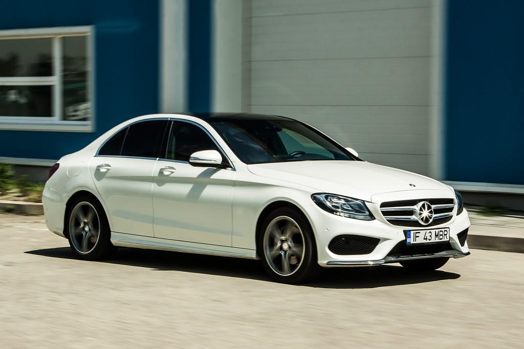 BMW_320d_vs_Mercedes_220d (1)