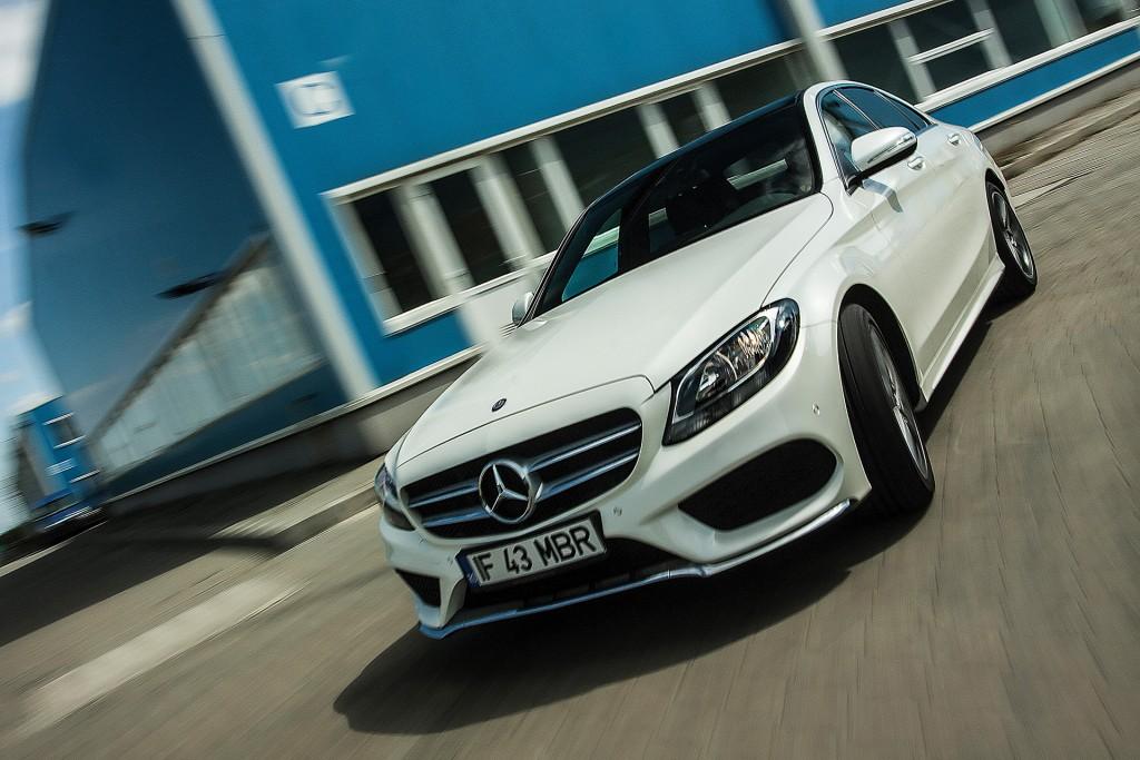 BMW_320d_vs_Mercedes_220d (16)