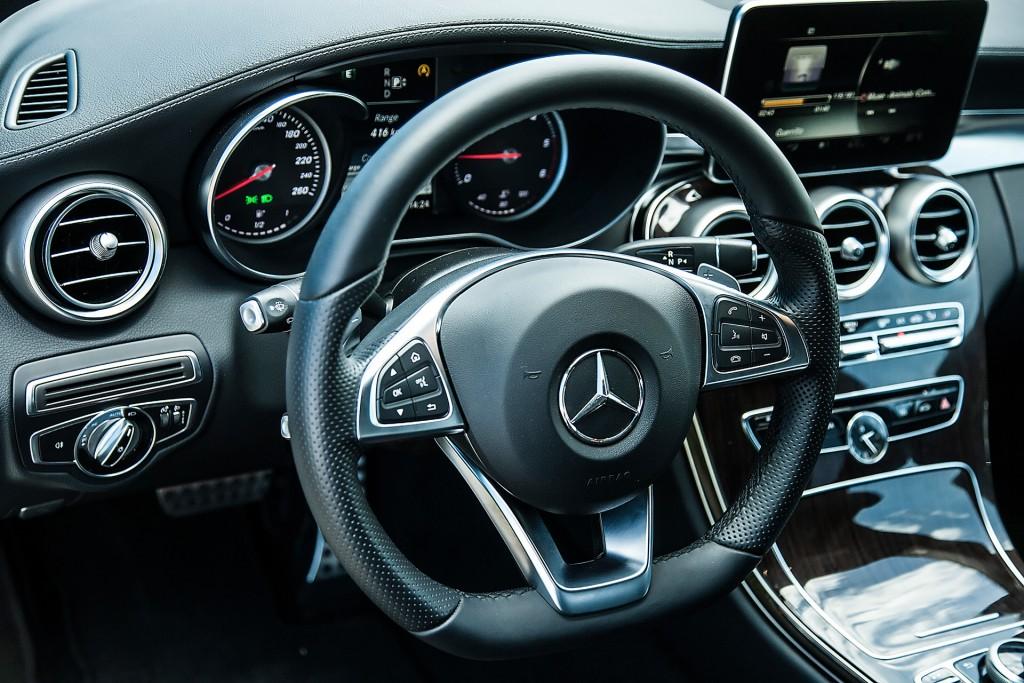 BMW_320d_vs_Mercedes_220d (42)