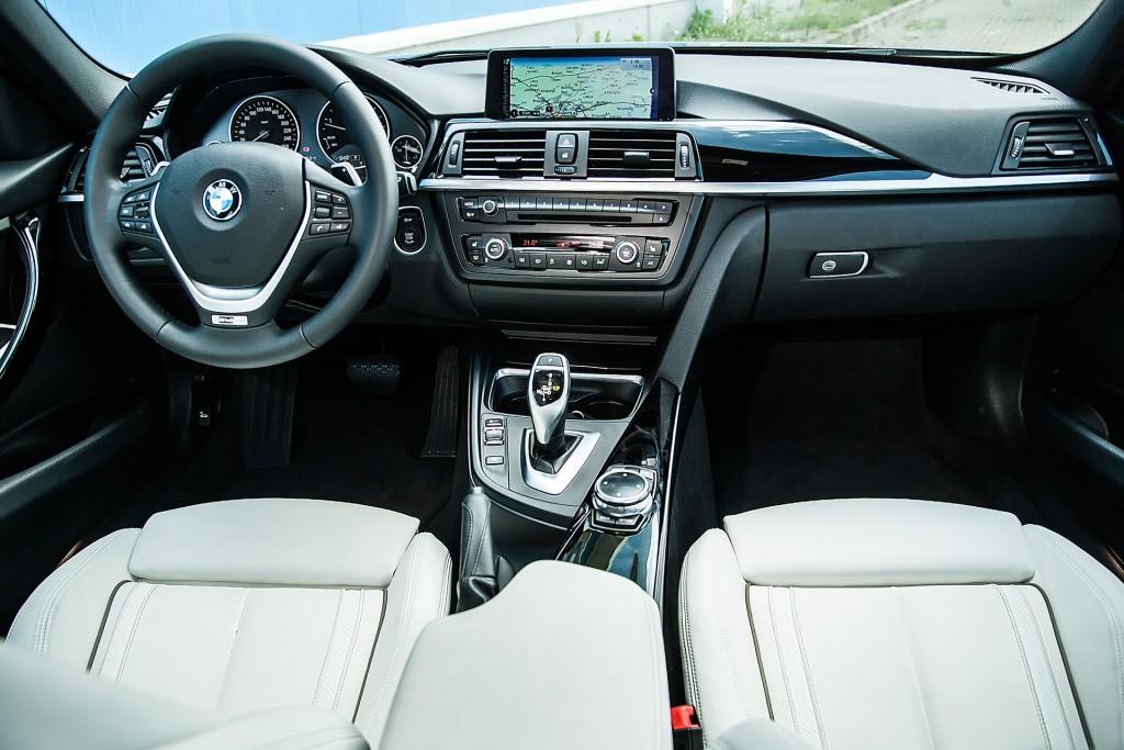 BMW_320d_vs_Mercedes_220d (58)